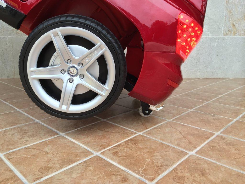 Coche electrico infantil Mercedes GLK-350 Rojo Metalizado ruedines