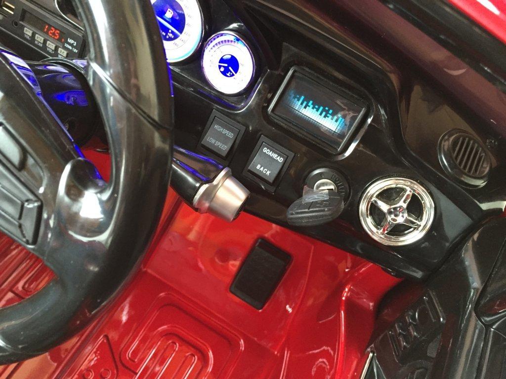 Coche electrico para niños Mercedes GLK-350 Rojo Metalizado llave de arranque