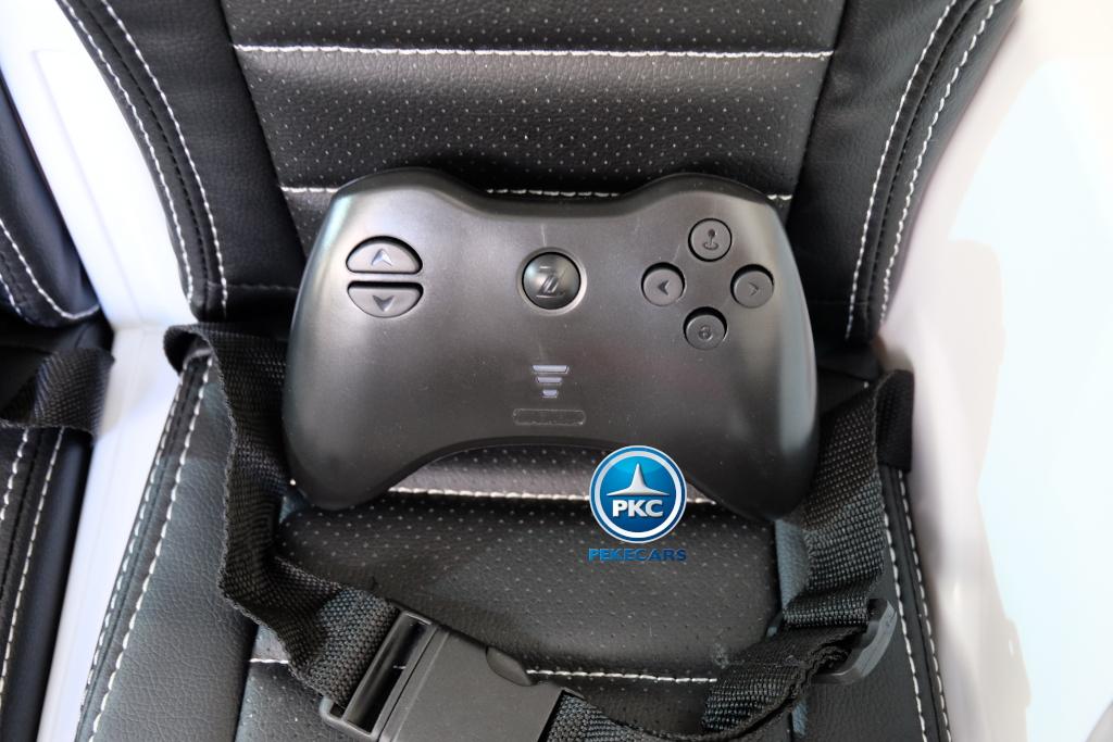 Coche electrico para niños Mercedes GTR 2 plazas Blanco con mando radiocontrol