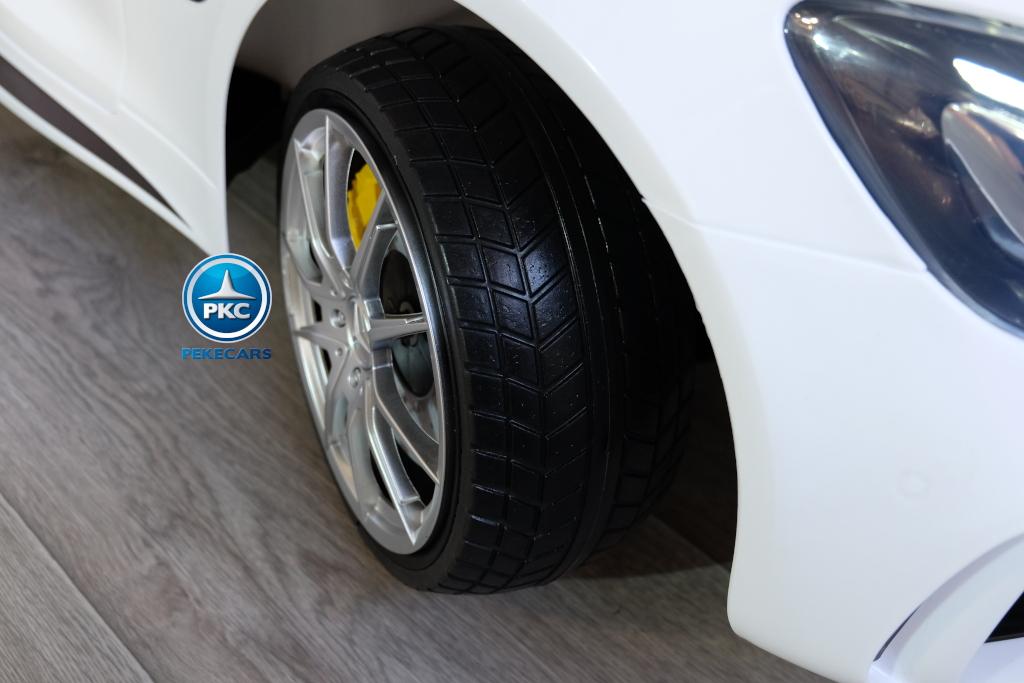 Coche electrico para niños Mercedes GTR 2 plazas Blanco ruedas de caucho antipinchazos