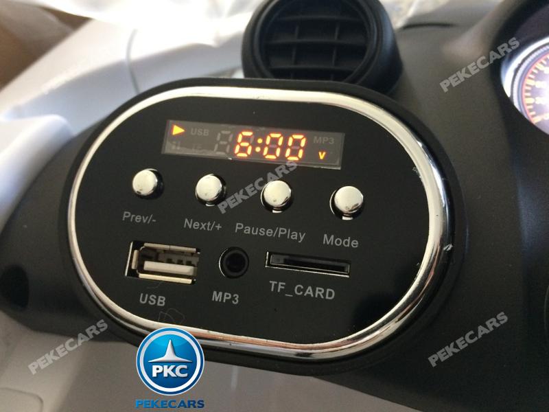 Coche electrico para niños Mercedes GTR 12V Blanco dashboard