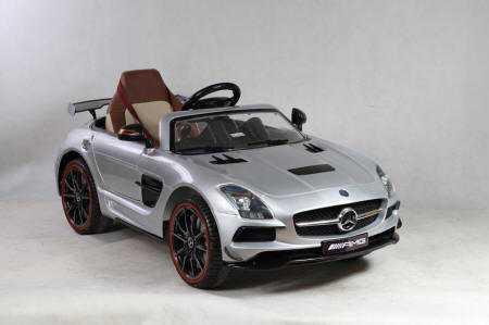 Mercedes deportivo SLS plata metalizado para niños Pekecars