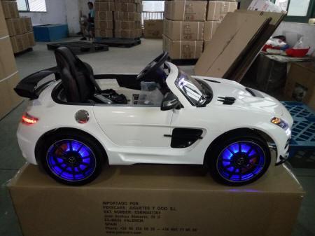 Mercedes SLS 2017 MP4 blanco para niños Pekecars