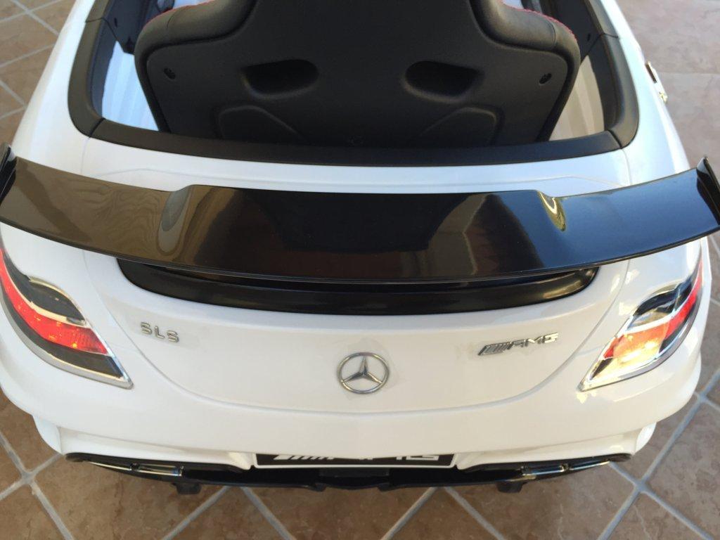 Coche electrico infantil Mercedes deportivo sls Blanco aleron trasero