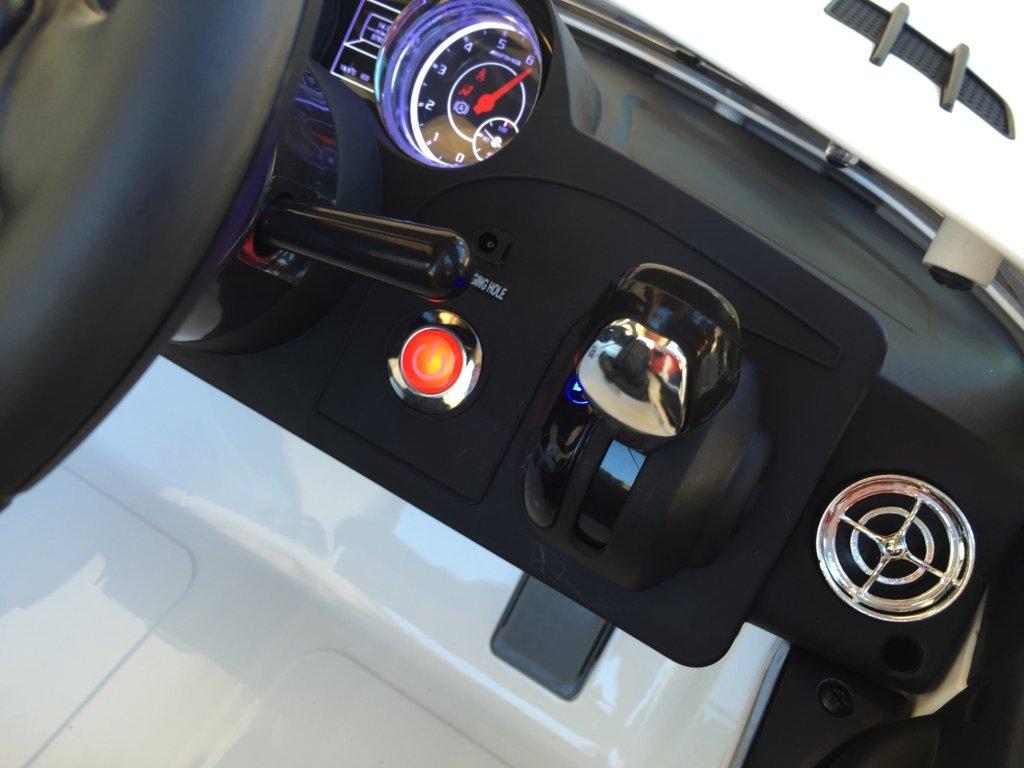 Coche electrico infantil Mercedes deportivo sls Blanco con boton de arranque