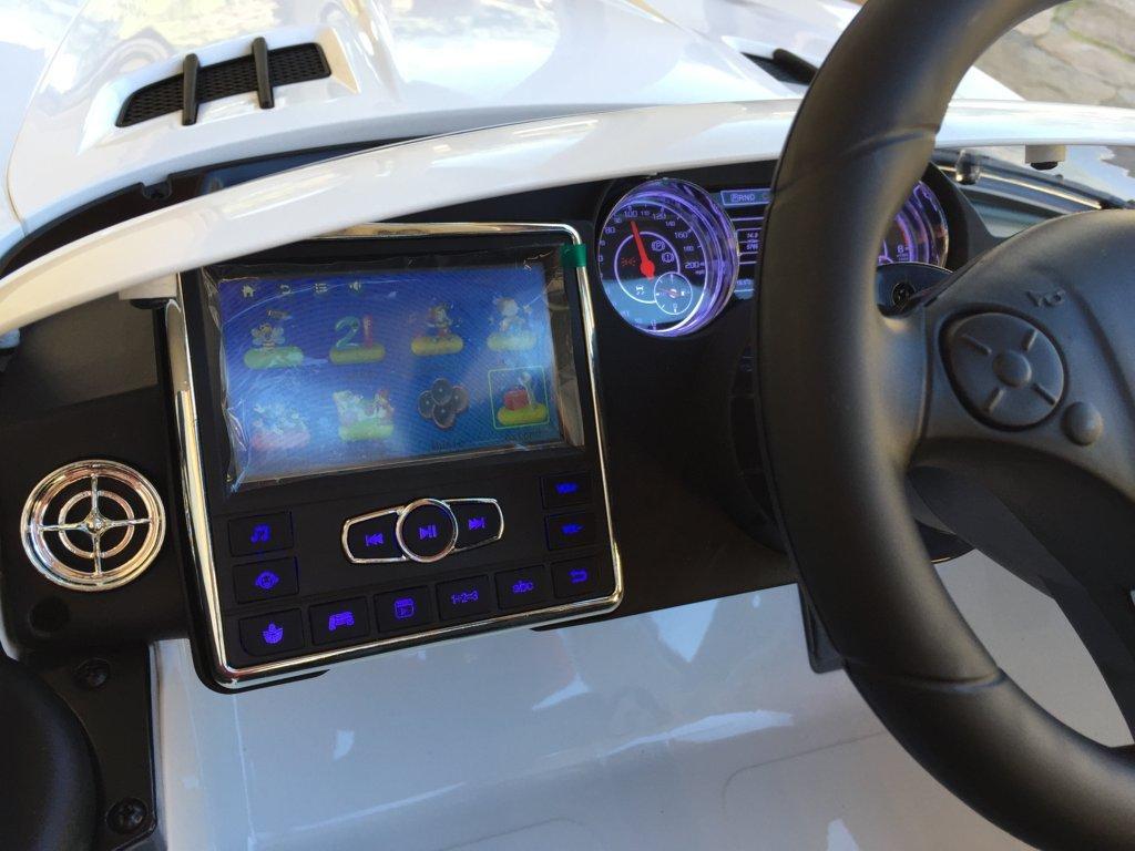 Coche electrico para niños Mercedes deportivo sls Blanco pantalla MP4