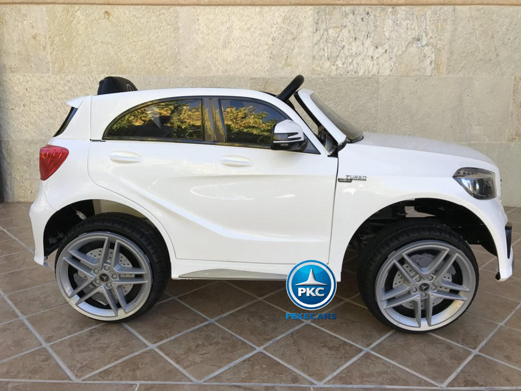 Coche electrico infantil mercedes a45 Blanco lateral