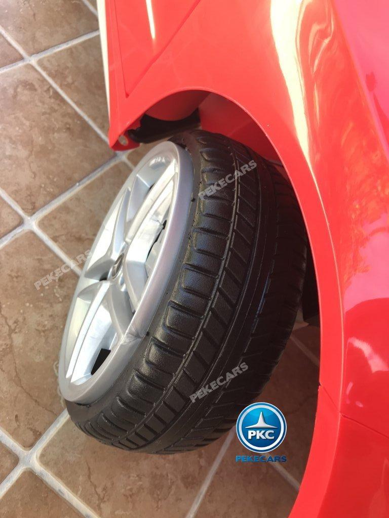 Coche electrico infantil mercedes a45 Rojo ruedas de caucho