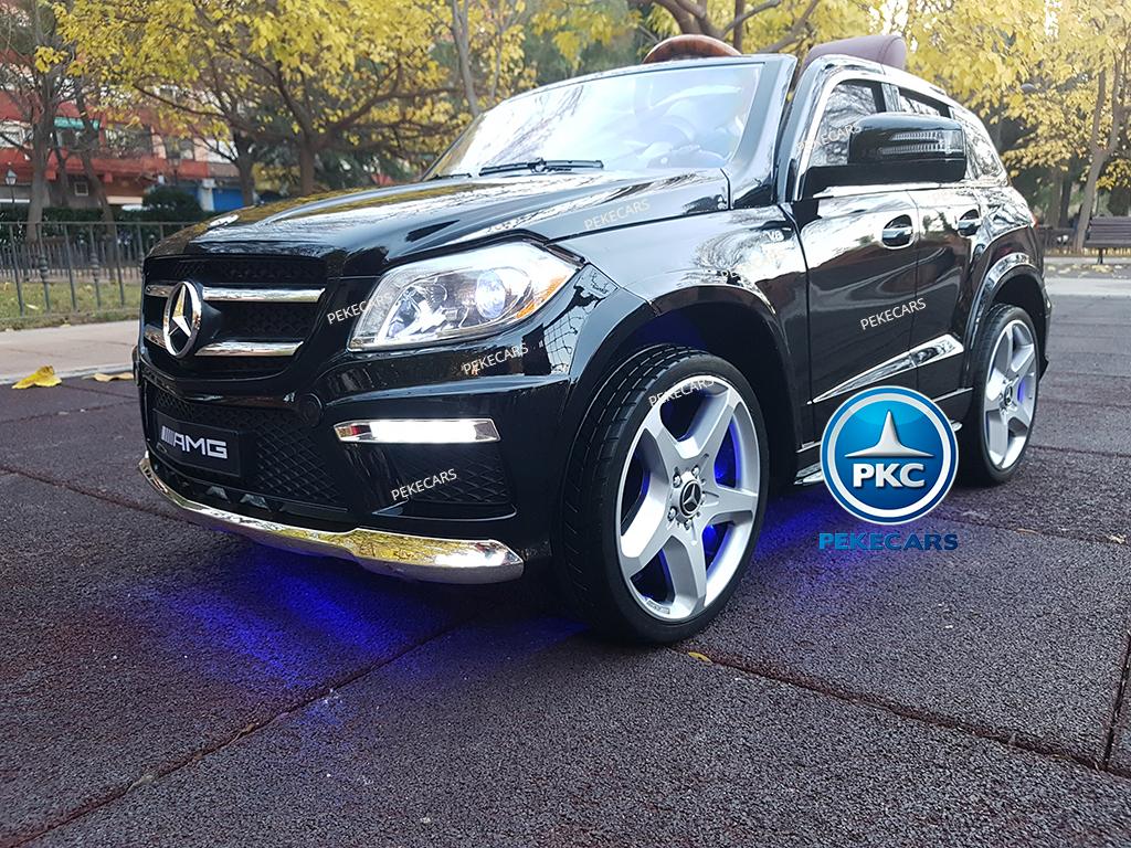 Coche electrico para niños Mercedes GL63 Version Superior Negro con luces en los bajos