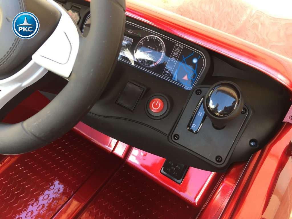 Coche electrico para niños Mercedes S63 Rojo metalizado detalles del interior