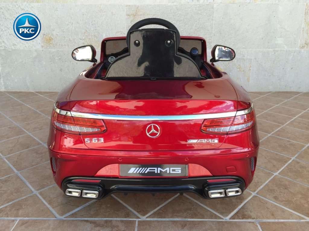 Coche electrico para niños Mercedes S63 Rojo metalizado vista trasera