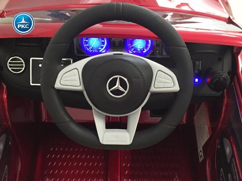 Coche electrico infantil Mercedes S63 Rojo metalizado volante con musica y claxon