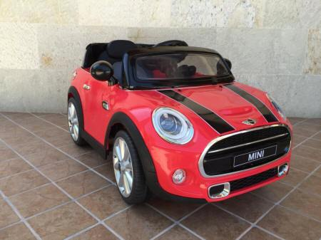 Mini Hatch para niños en color rojo 12V Pekecars