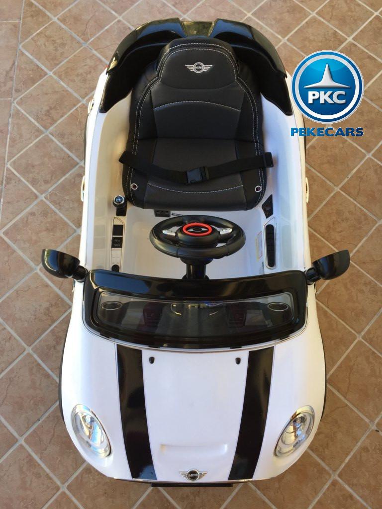 Coche electrico infantil Mini Hatch Blanco desde arriba