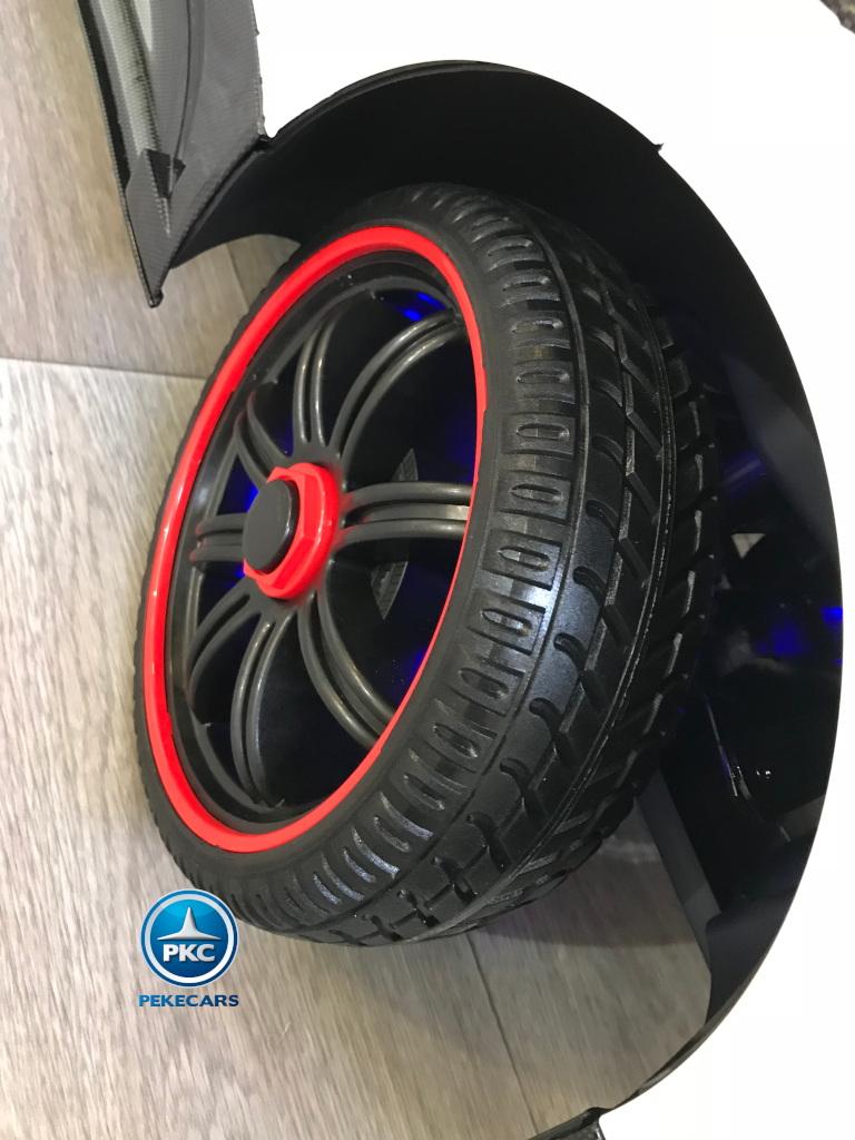 Coche electrico para niños Pagani Zonda Blanco ruedas de caucho antipinchazos