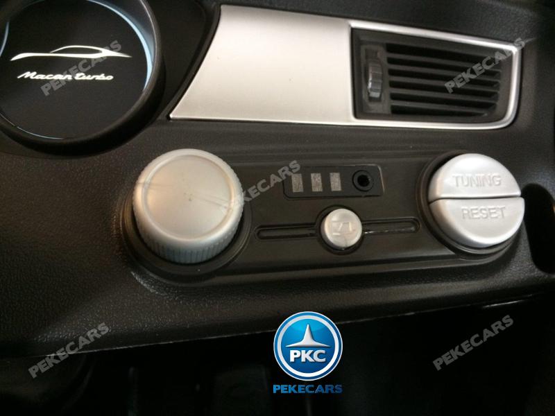 Coche electrico infantil Porsche Macan Negro boton de encendido