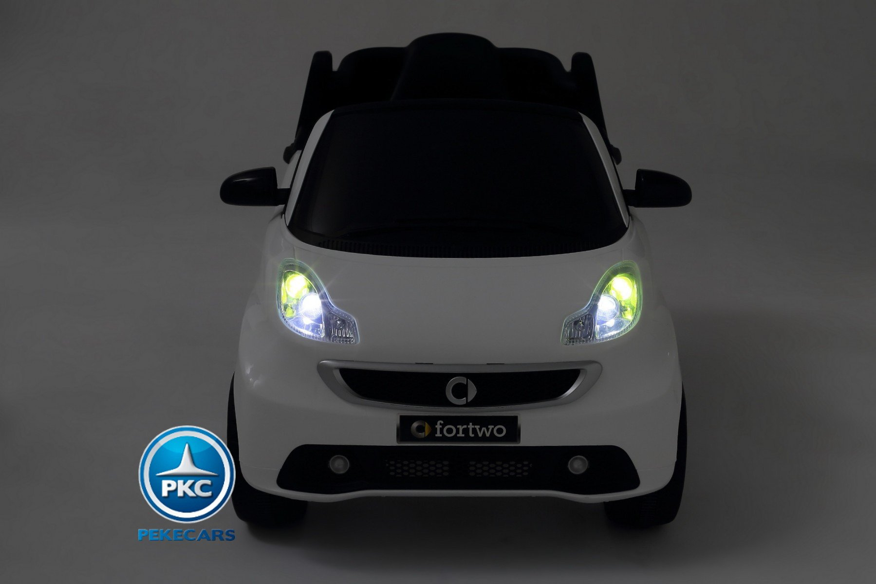 Smart ForTwo vista frontal 12V 2.4G RC Negro