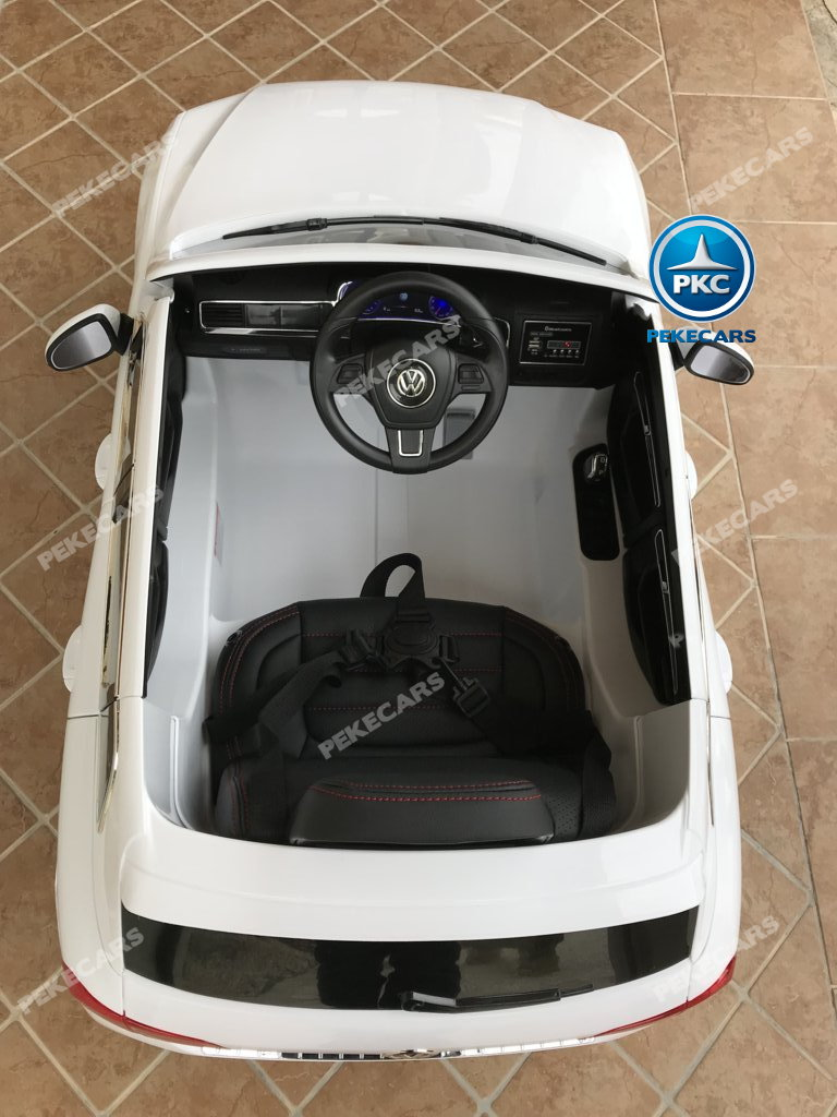 Coche electrico infantil Volkswagen Touareg Blanco detalles del interior