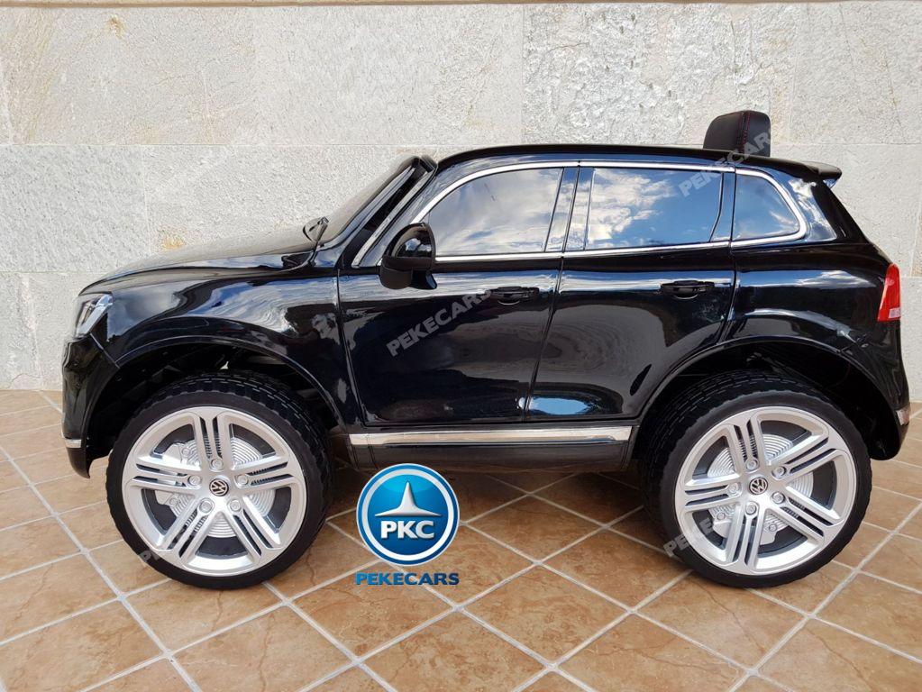 Coche electrico infantil Volkswagen Touareg Negro con radio FM