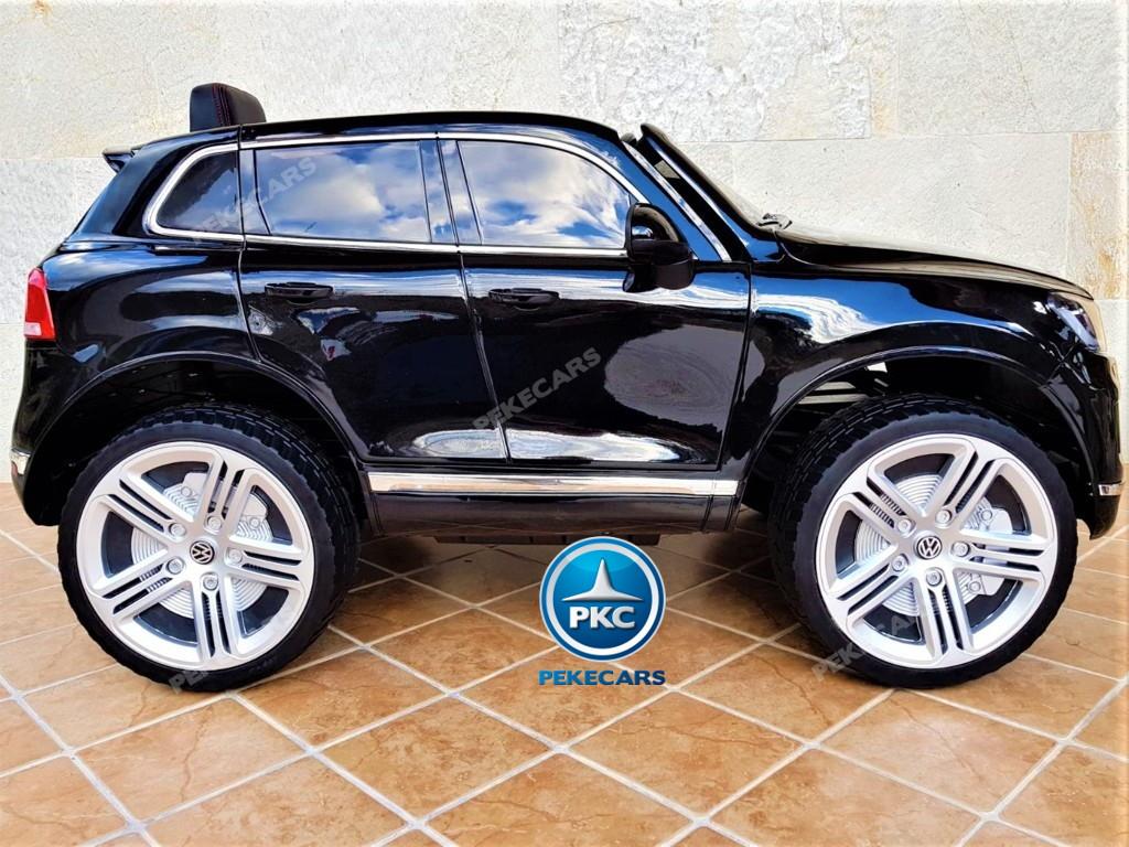 Coche electrico infantil Volkswagen Touareg MP4 Negro vista lateral
