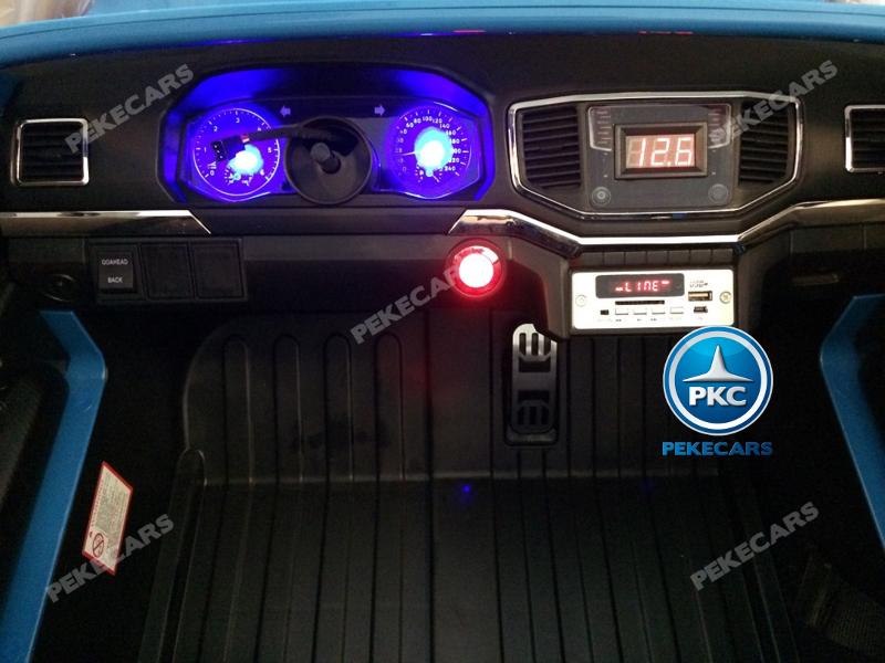 Coche electrico infantil Volkswagen Amarok Blanco luces en el salpicadero