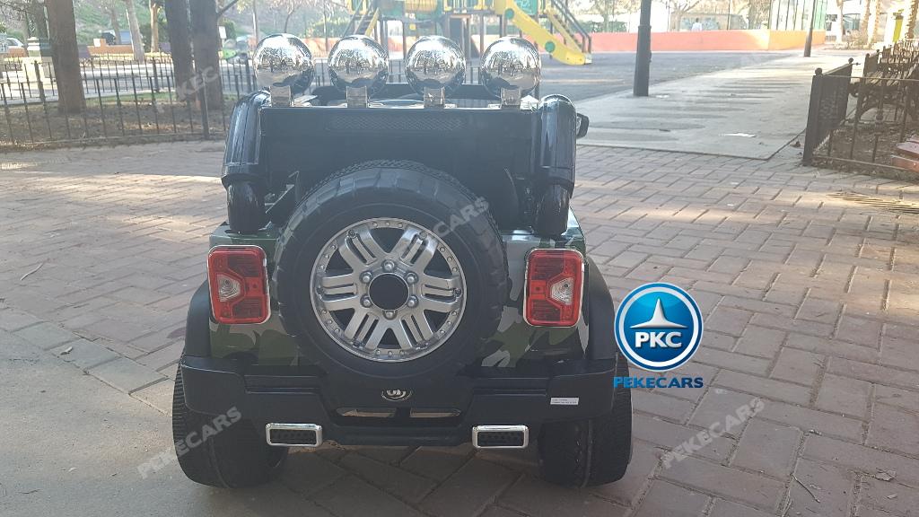 Coche electrico para niños Jeep Wrangler Style Verde Camuflaje vista trasera