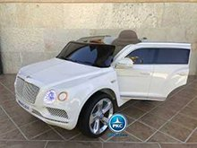 Bentley bentayga blanco pekecars