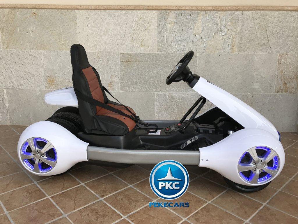 Kart eléctrico infantil FC-8818 Blanco lateral