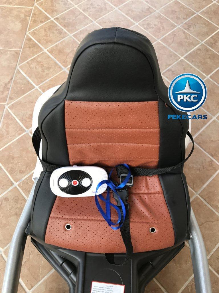 Kart eléctrico para niños FC-8818 Blanco asiento acolchado en piel