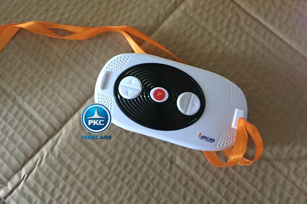 Kart eléctrico infantil FC-8818 Blanco con mando radiocontrol