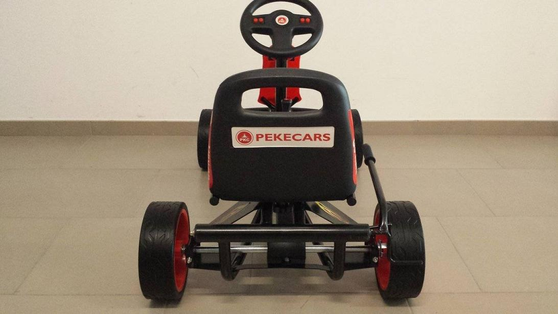Kart a pedales GC004 Rojo con ruedas de caucho