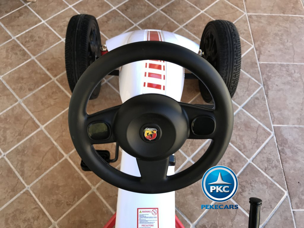 Kart a pedales Fiat Abarth Blanco volante