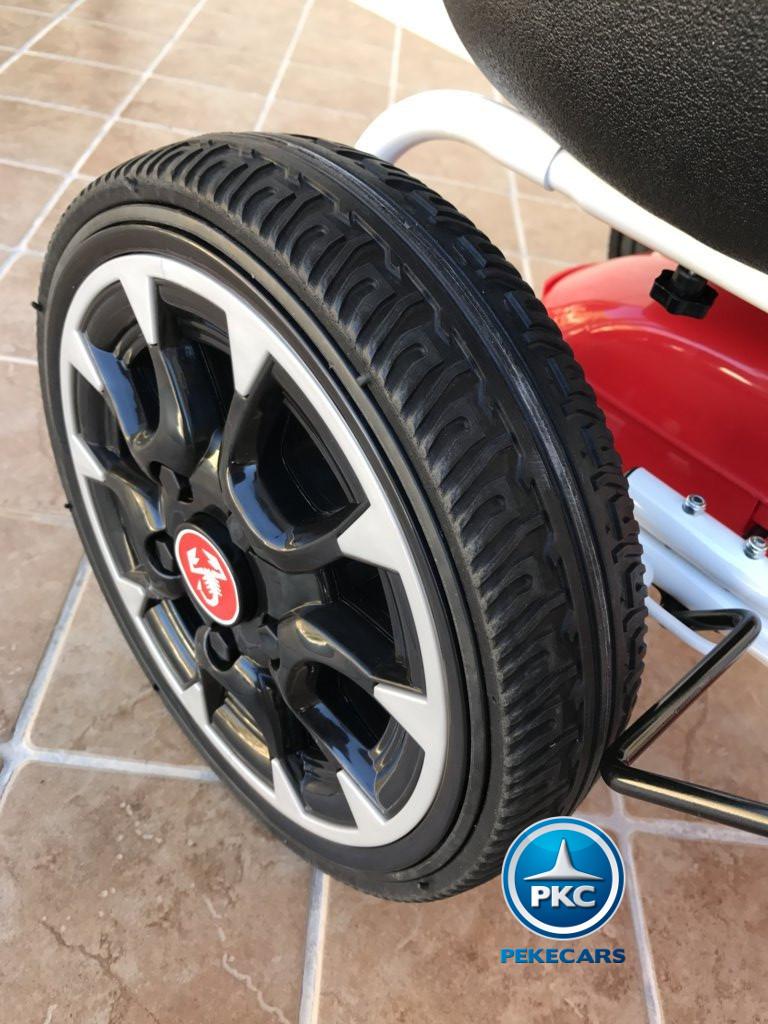 Kart a pedales Fiat Abarth Rojo ruedas de caucho