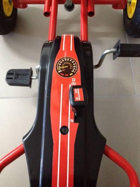 Kart de pedales GC001 rojo