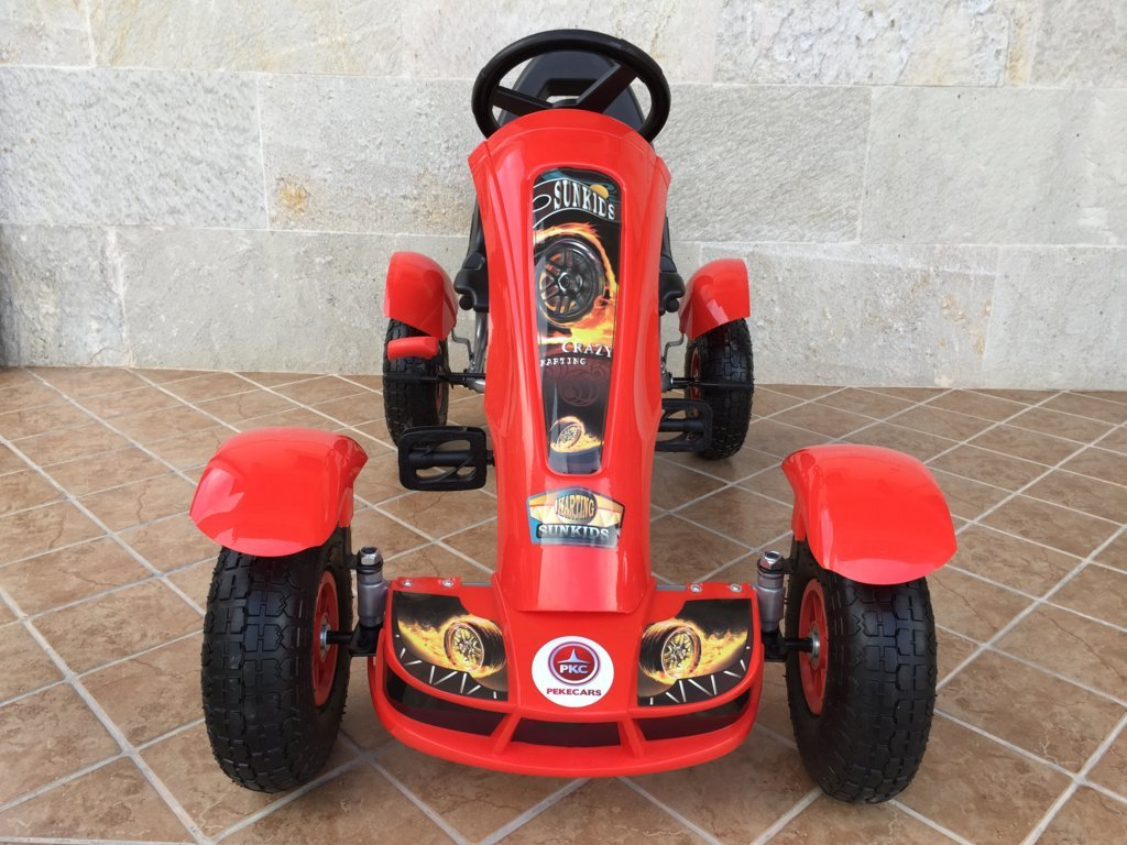 Kart a pedales Pekecars F618 Rojo vista frontal