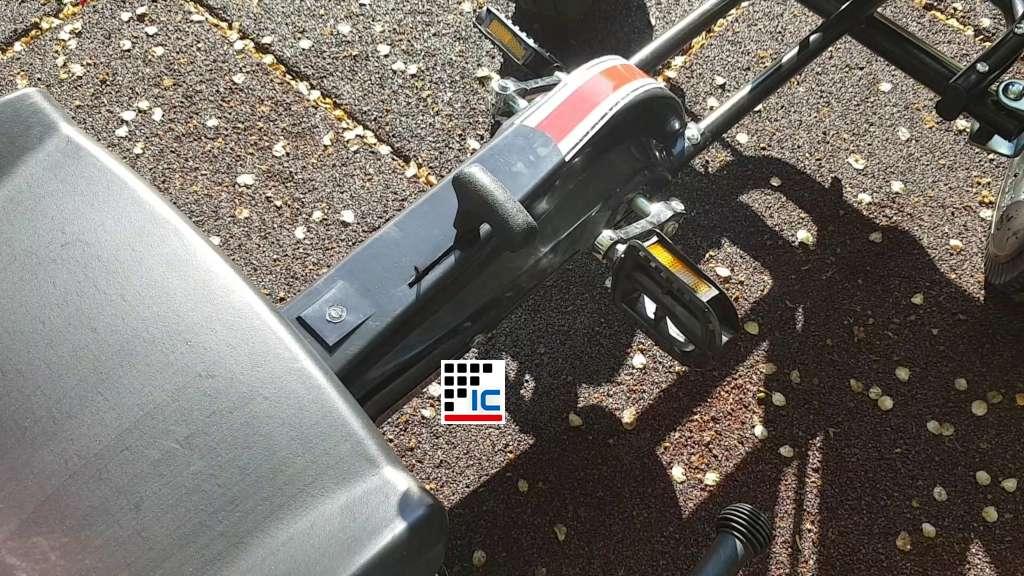Kart a pedales Racing Car Volare Negro palanca cambio de piñon