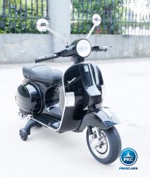 Moto electrica para niños Vespa Clasica Piaggio 12V Negra vista principal