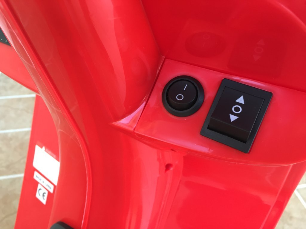 Vespa style 12V Roja boton de encendido