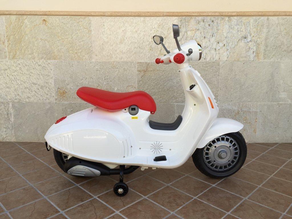 Vespa style 12V Blanca
