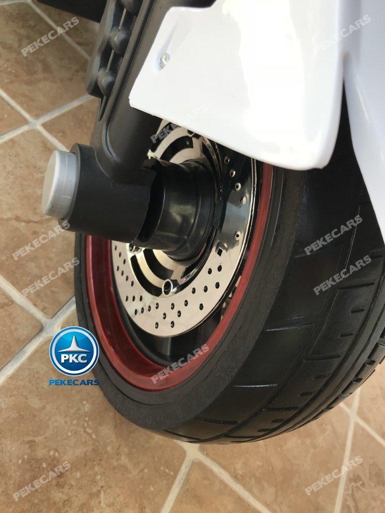 Moto electrica para niños BMW Style C 650 GT 12V Blanca ruedas de caucho antipinchazos
