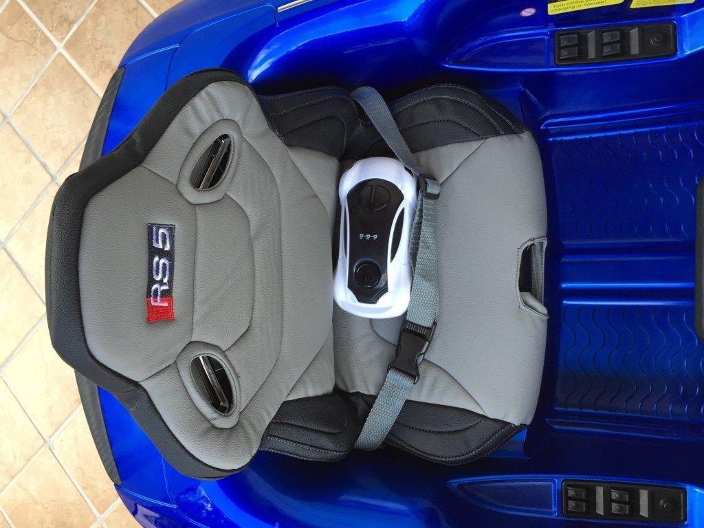 Audi Rs5 azul asiento y mando