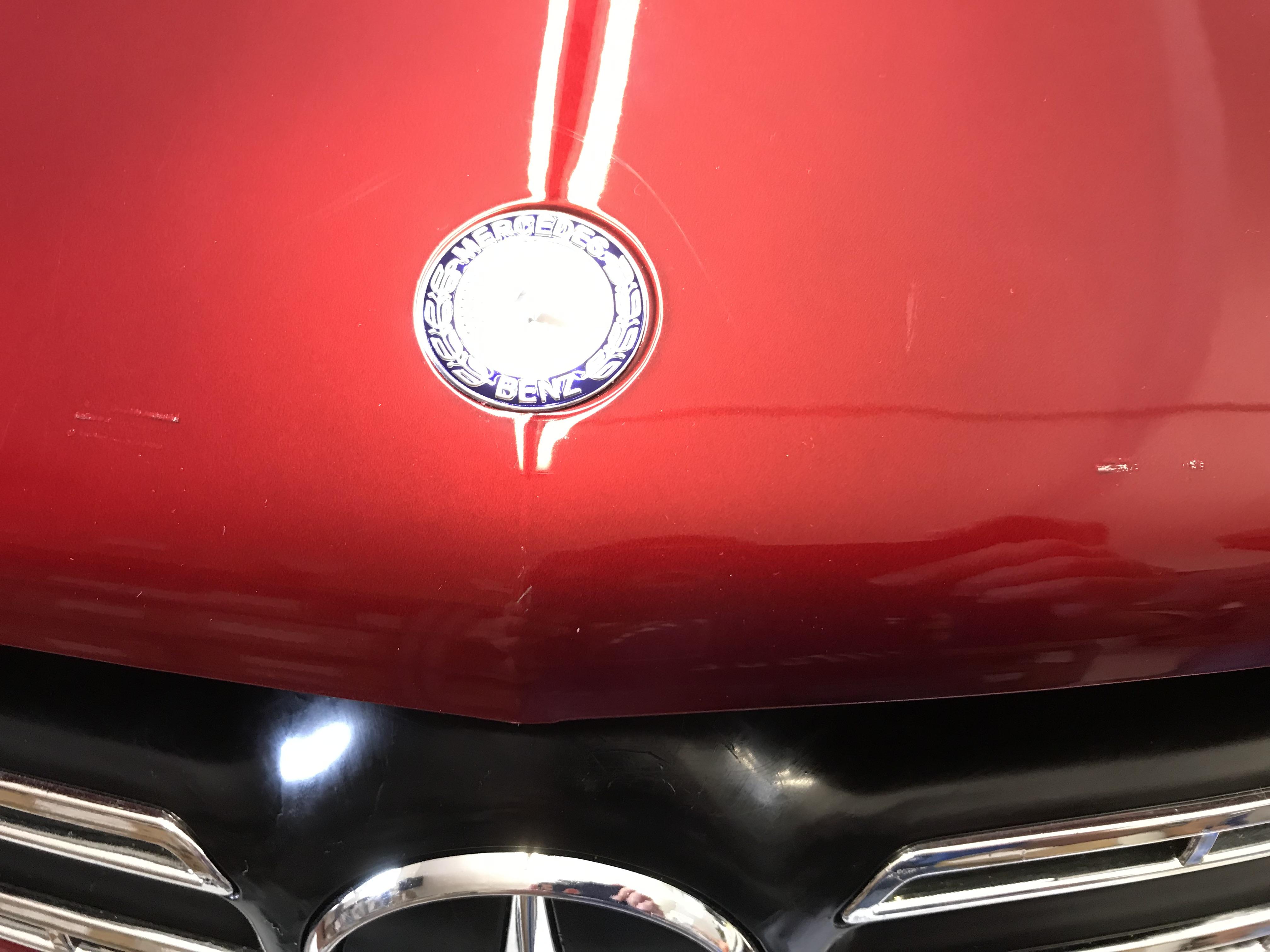 Mercedes GLS63 rojo metalizado