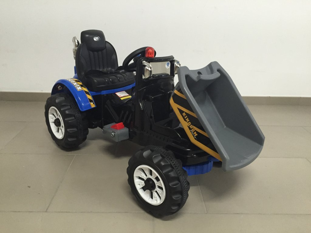 Tractor electrico con volquete azul